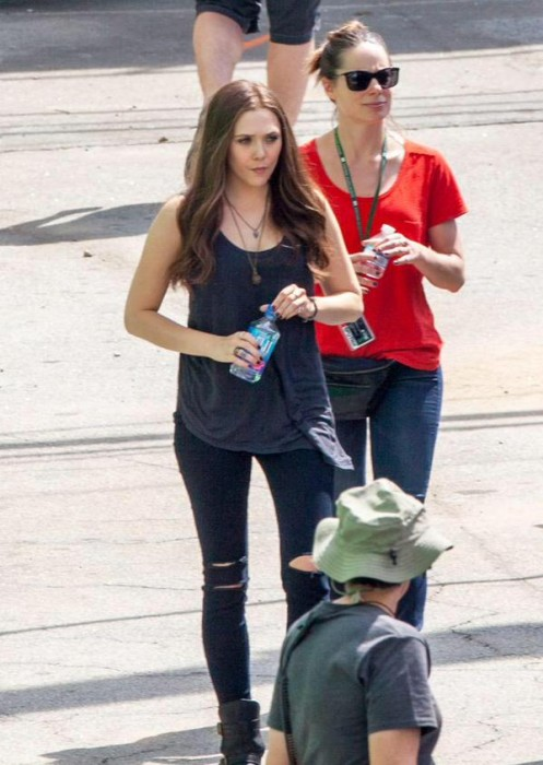 First look at Scarlet Witch on the set of Civil War!
