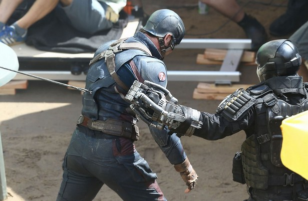Chris Evans and Frank Grillo on the set