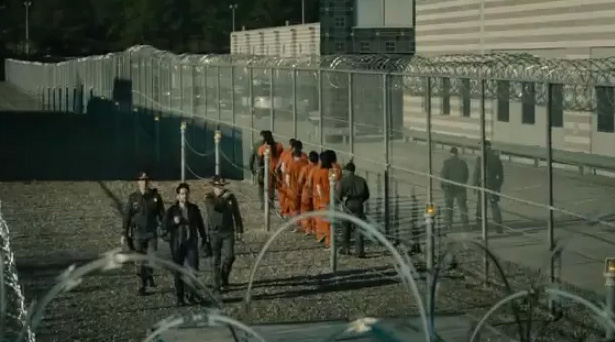 Scott Lang leaves Seagate Prison