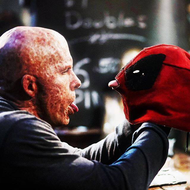 Wade Wilson vs. Deadpool mask!