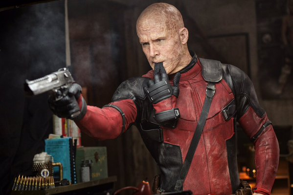 New Deadpool photo for fans in Germany!
