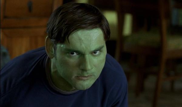 hulk-2003-movie-review-bruce-banner-eric-bana-hulkout-2-transformation