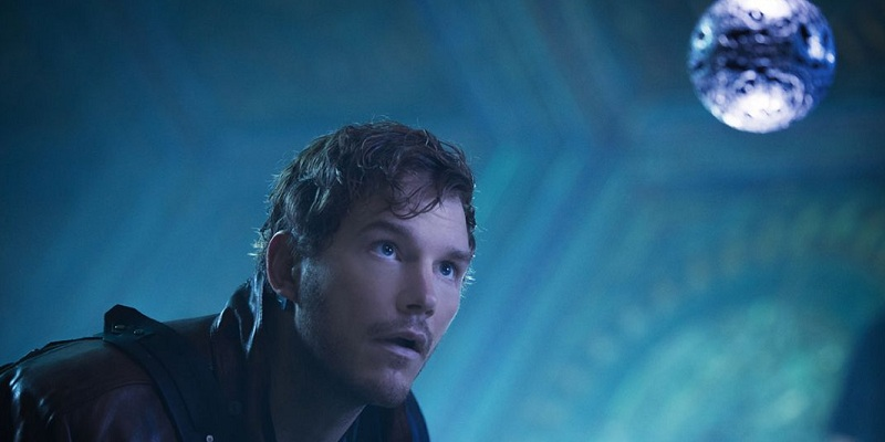 Chris Pratt & Kurt Russell share a jaw-dropping moment in Guardians of the Galaxy Vol. 2!