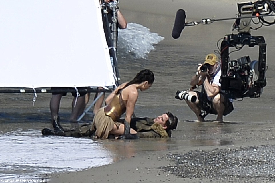 Wonder Woman set photo