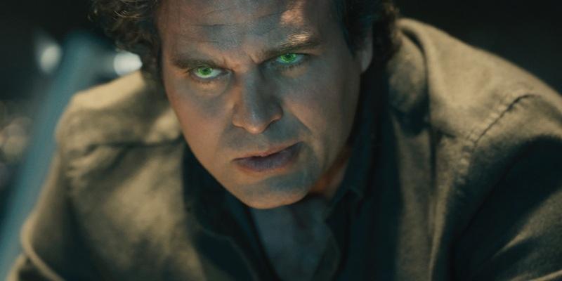 Mark Ruffalo teases Hulk vs. Bruce Banner in Thor: Ragnarok!