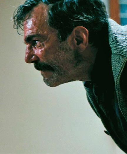 Daniel Day Lewis in There Will Be Blood (Roger Ebert)