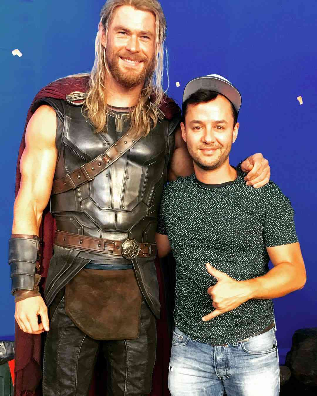 The Norse God of Thunder's costume has definitely gone through some modification for Thor: Ragnarok!