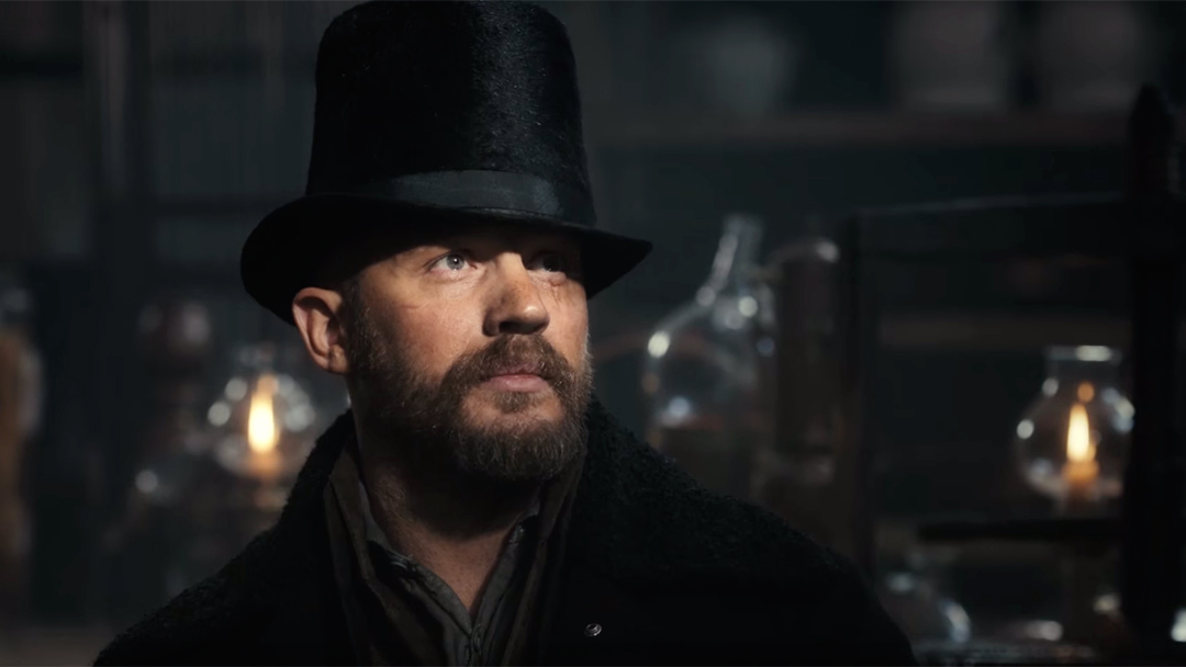 Tom Hardy in Taboo (Collider)