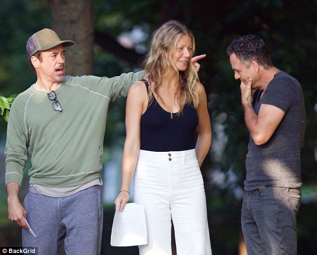 Gwyneth Paltrow rehearsing for Avengers 4 scenes with Robert Downey Jr. and Mark Ruffalo