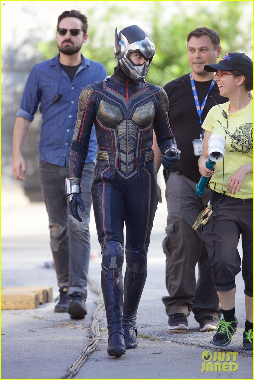 Evangeline Lilly donning her Wasp suit and helmet on the set of Ant-Man sequel