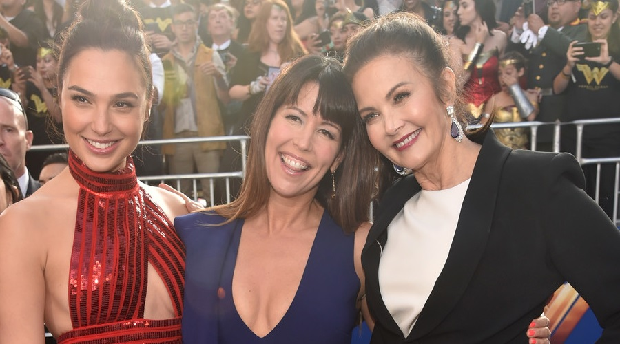 Patty Jenkins with the current and former Wonder Woman stars