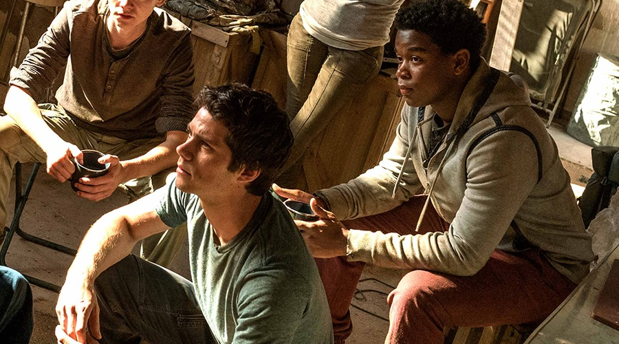 Dylan O'Brien and Dexter Darden as Thomas and Frypan in Maze Runner: The Death Cure