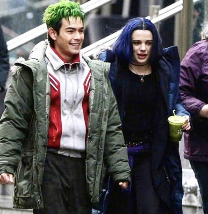 First look at Ryan Potter's Beast Boy and Teagan Croft's Raven