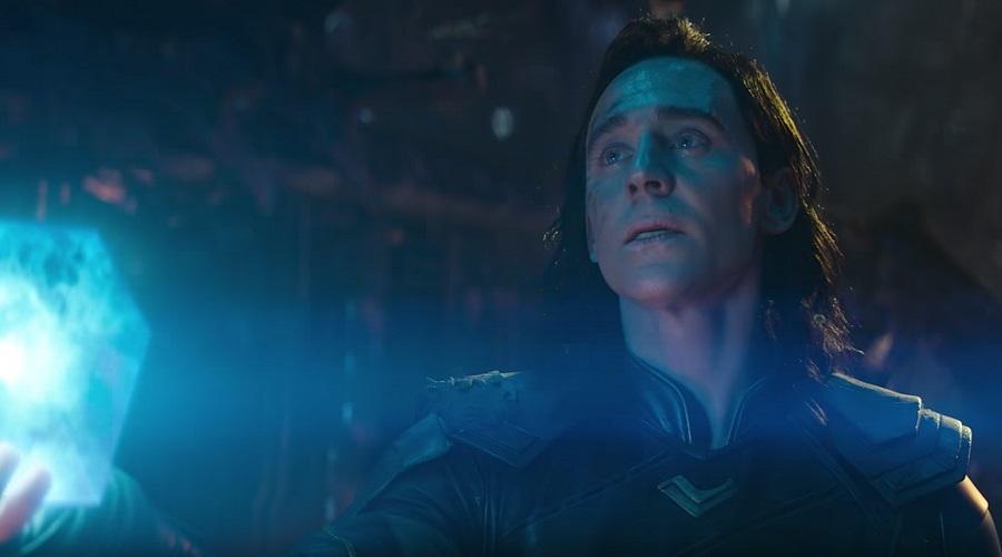 Loki holding the Tesseract in Avengers: Infinity War
