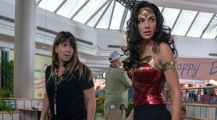 Patty Jenkins and Gal Gadot on the set of Wonder Woman 1984