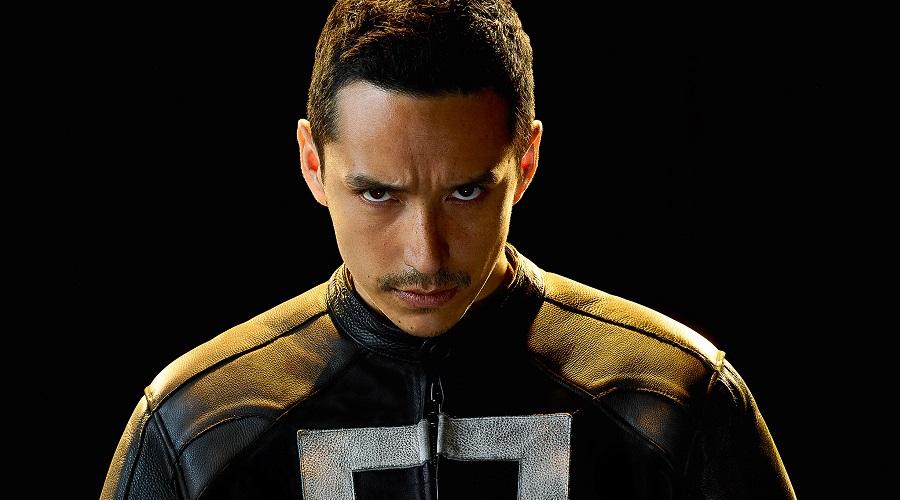Gabriel Luna will return as Robbie Reyes in Hulu's Ghost Rider